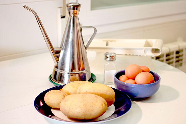 022-ingredientes-tortilla-patatas-microondas-S-