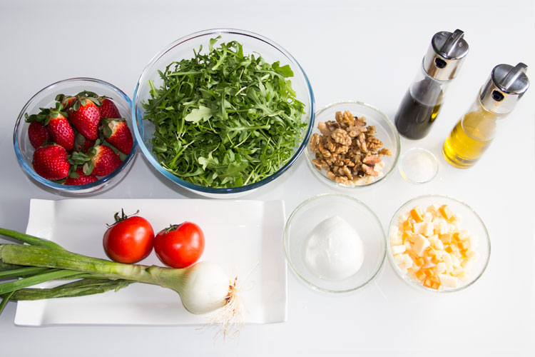 033-ensalada-rucula-y-fresas-ingredientes-S