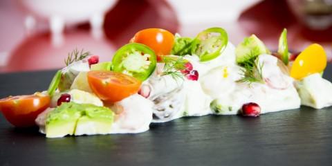 044-tartar-salmon-yogur-griego-y-verduritas-P1