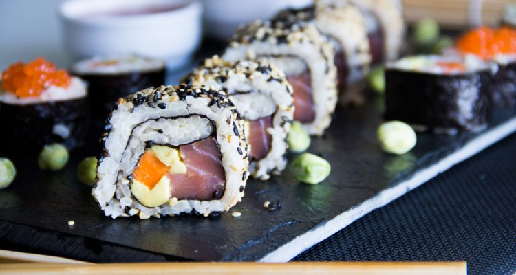 054-sushimaki-y-california-roll-P1