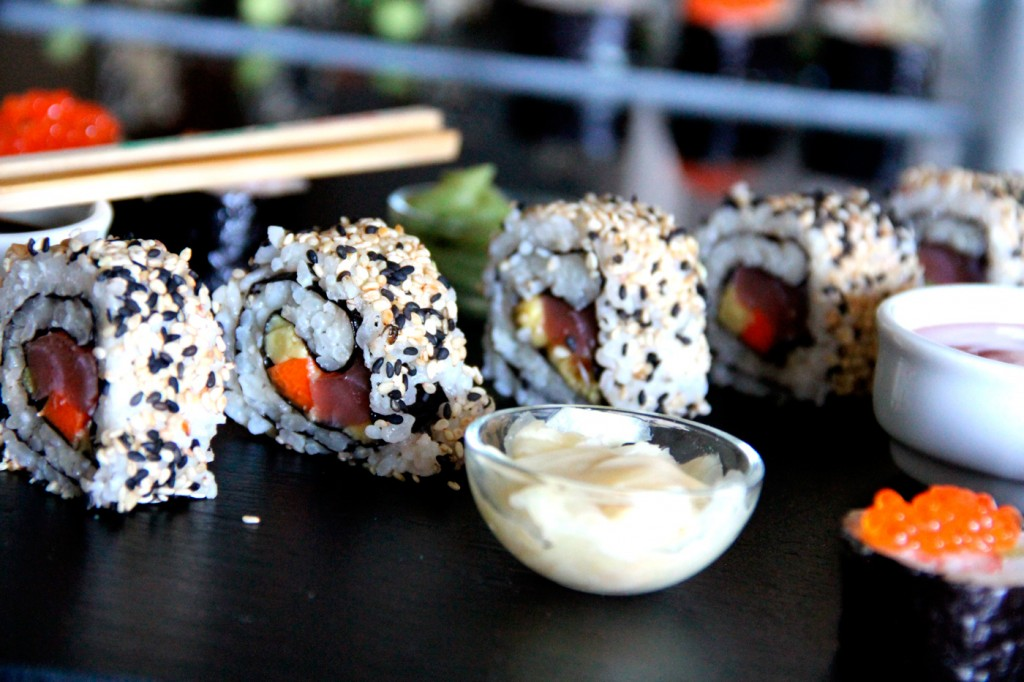 054-sushimaki-y-california-roll-P10