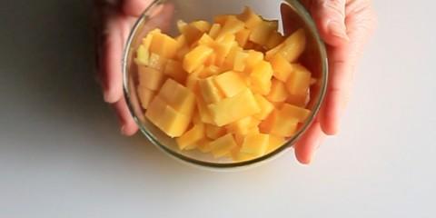 065-como-cortar-mango-dados-sin-tocar-pulpa-vlog
