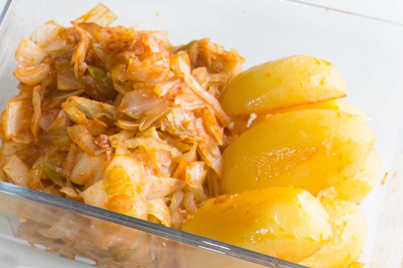 Col o berza con patatas al piment n i comando cocina for Cocinar repollo con patatas