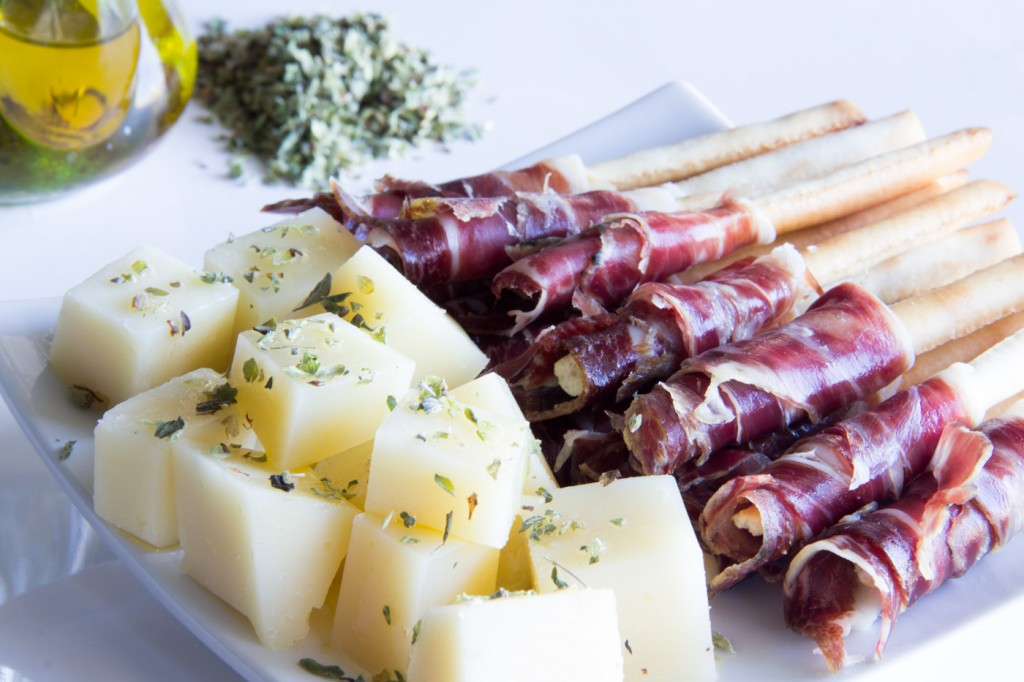 090-brochetas-pan-jamon-P2