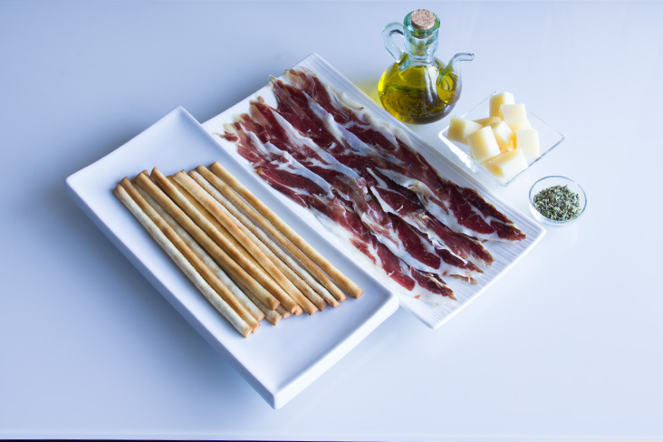 090-brochetas-pan-jamon-ingredientes1