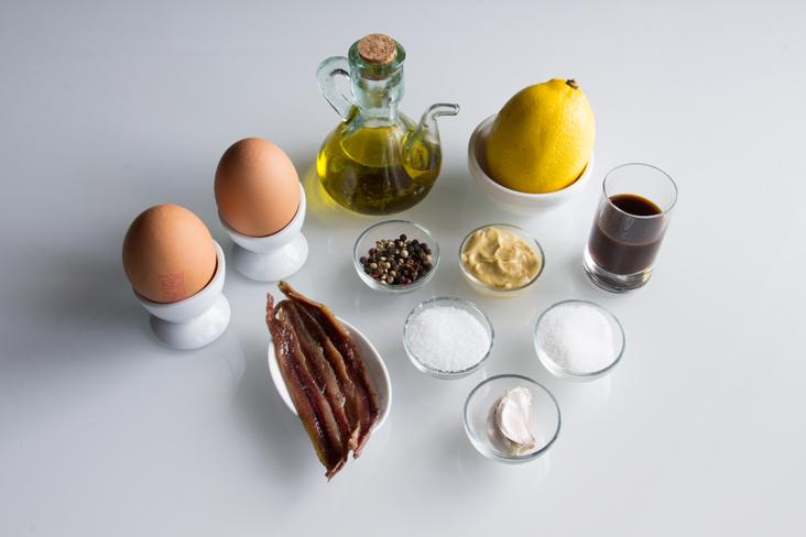094-rollito-bizcocho-piquillos-ingredientes2