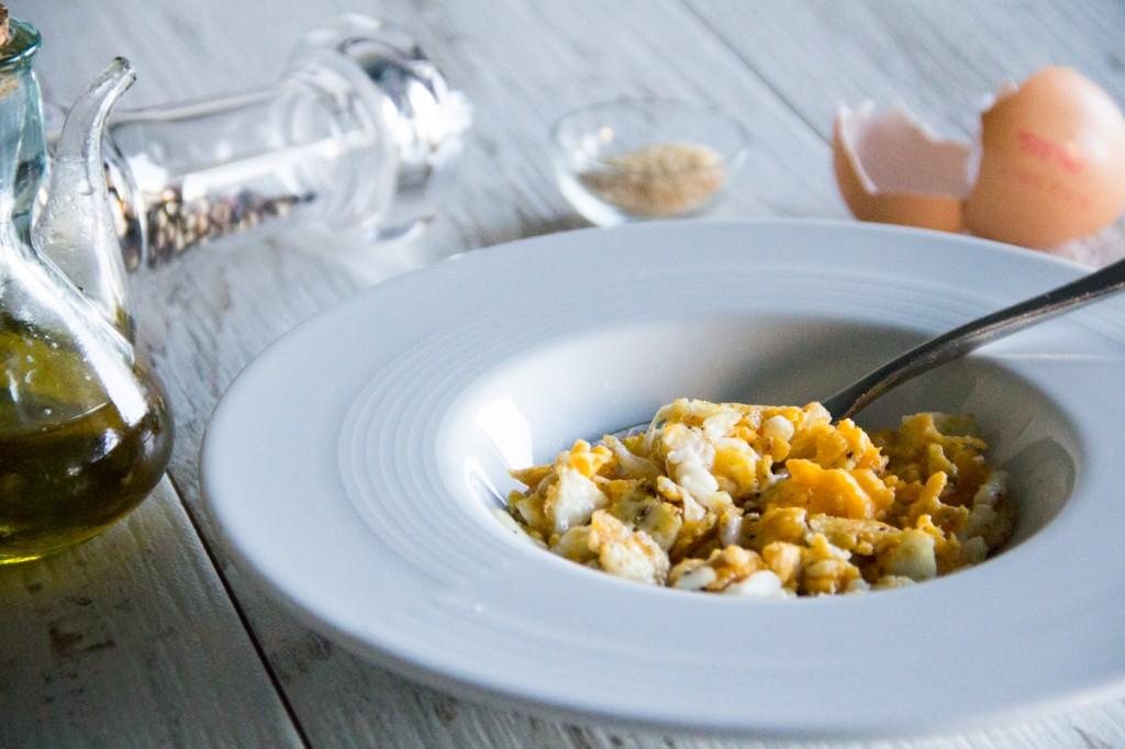 134-huevos-rotos-desayunar-04