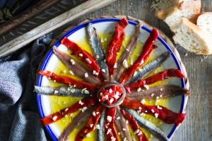 02-1080x1350-ensalada-anchoas-pimientos