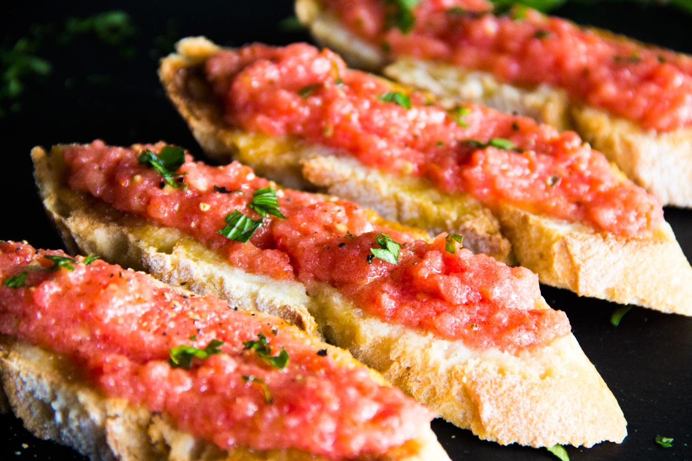 pan con tomate ajo y aceite