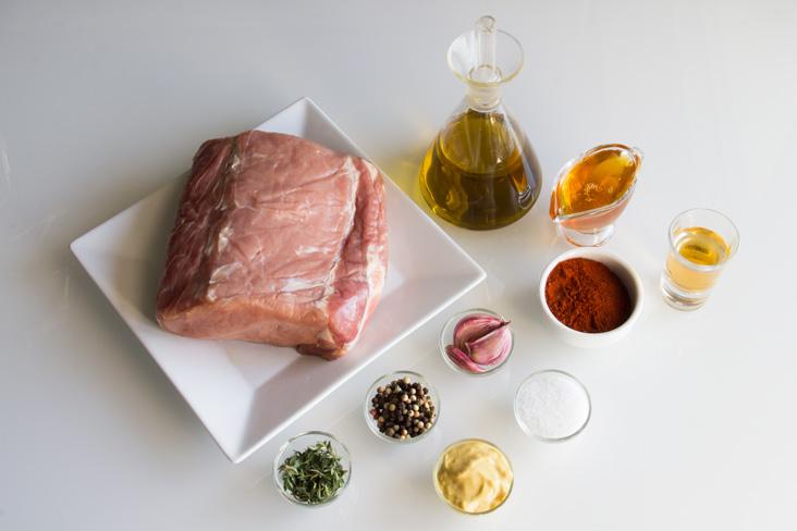 075-cerdito-paprika-pan-casero-ingredientes1