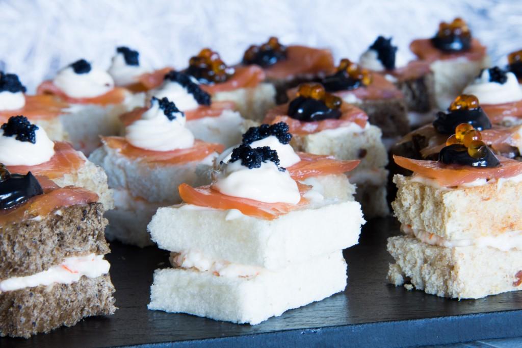 115-canapes-chatka-salmon-caviar-p3