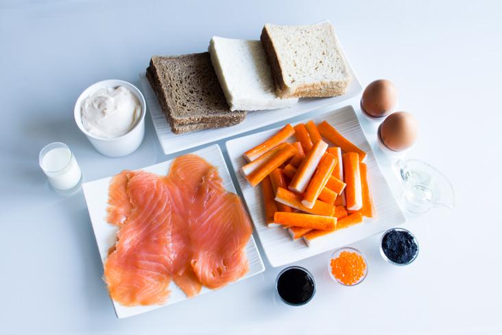 115-canapes-chatka-salmon-caviar-ingredientes1