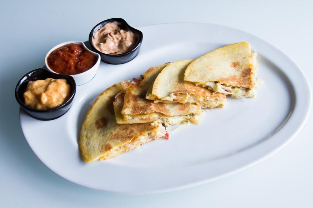 111-quesadillas-queso-bacon-02