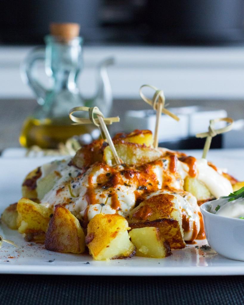 219-39-patatas-bravas-alioli-1080x1350